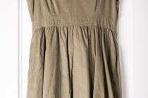 eBay_Kleidung_verkaufen_Kleid_haengend